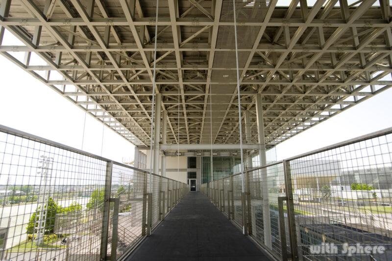 南棟渡り廊下